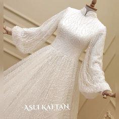 Shorts Sale, Image Categories, Hijab Dress, Wedding Party Dresses, Party Wedding, Cute Love, Elsa, Short Hair Styles, High Neck Dress