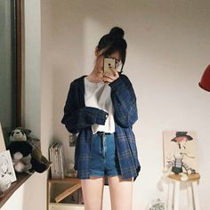 Korean Fashion Trends you can Steal – Designer Fashion Tips Korean Girl Fashion, Korean Fashion Trends, Korean Street Fashion, Korea Fashion, Asian Fashion, Ulzzang Fashion Summer, Korean Fashion Shorts, Korean Fashion Summer, Korean Fashion Casual