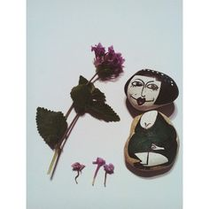 Тётя Сара шлёт всем пламенный привет   ______ #IG_Israel #vscoIsrael #vscoart  #vsco_allshots  #vscoartist #Israel_art  #drawings #art #handmade #paintedobject #randomart #КамниНастасьи #ТворчествоНастасьи #ручнаяработа #artist_sharing #artist_4_shoutout #art_public #artcutaway #artwork #randomart  #instaartist #daily_art #acrylic #paintedrock #paintedstone #stone #stoneart #rockpainted #rockart  #росписькамней #рисунокнакамне