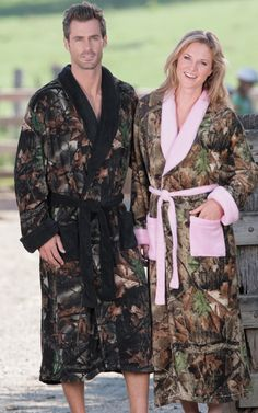 Fun Camo Robe #camo #camooutfit #camogirl #camolove For more Cute n' Country visit: www.cutencountry.com and www.facebook.com/cuteandcountry