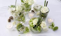 Making floral arrangements yourself: the basic rules, tips and great ideas - Home Page Green Wedding, Floral Wedding, Wedding Flowers, Wedding Planer, Small Centerpieces, Engagement Decorations, Cheap Wedding Invitations, Late Summer Weddings, Reception Table