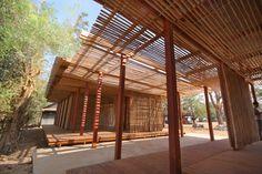 Imagen 3 de 17 de la galería de Reinventando las prácticas locales de construcción: Centro Comunitario Thon Mun en Camboya. Cortesía de Project Little Dream
