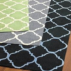 Trellis patterned rugs.  Yes, please.