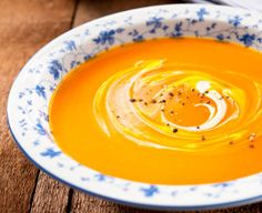 You may be inspired to whip up a batch of this Moroccan Carrot Soup. It's easy enough for a weeknight, and still makes an elegant presentation for compny. Spaghetti Squash Soup, Butternut Squash Soup, Leftover Spaghetti, Great Recipes, Soup Recipes, Cooking Recipes, Vitamix Recipes, Savoury Recipes, Recipe Ideas