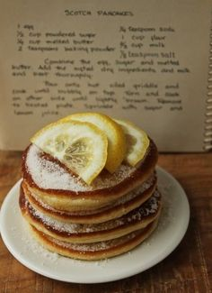 No maple syrup on these Scottish pancakes; only a spoonful of sugar and some lemon juice for a topping. But wait until you taste them! Scottish Dishes, Scottish Recipes, Irish Recipes, Scottish Desserts, Breakfast Desayunos, Breakfast Dishes, Breakfast Recipes, Scottish Pancakes, Crepes