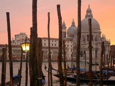 Sunset in Venice. Photograph by Maureen Greco, My Shot.  http://travel.nationalgeographic.com/travel/countries/italy-photos/#/sunset-venice_6799_600x450.jpg