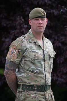 British army appoints first Army sergeant major British Armed Forces, British Soldier, Army Times, Sexy Military Men, Army Tattoos, British Uniforms, Army Sergeant, Military Working Dogs, Hot Cops
