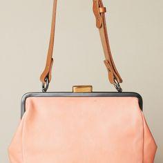 monroe bag by ally capellino