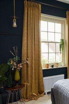 Green Rooms, Bedroom Green, Bedroom Decor, Green Bedroom Curtains, Blue And Gold Bedroom, Curtains Living, Dark Blue Bedrooms, Dark Bedroom Walls, Blue Walls