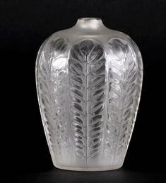R. Lalique Vase Tournai circa 1924