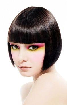 Taglio capelli caschetto liscio con frangia primavera estate 2013