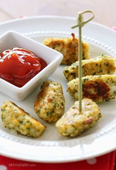Cauliflower Tots: If you need a way to get your family to eat more vegetables, give these a try. These kid-friendly cauliflower tots are so good, they won't realize they are eating cauliflower. They are great as a side dish and are easy to make. Veggie Dishes, Vegetable Recipes, Vegetarian Recipes, Side Dishes, Healthy Recipes, Avocado Dishes, Vegetarian Pizza, Vegetable Bowl, Healthy Cooking