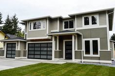 Contemporary With Extra Garage Space - 23539JD - 01