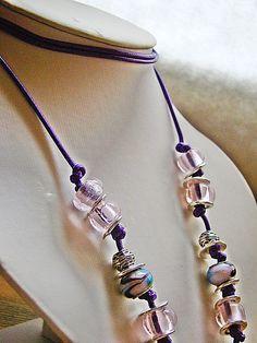 collar - pulsera étnico. Murano, zamak y símil cuero