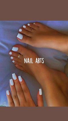 Toe Nails White, Acrylic Nails Coffin Pink, Long Square Acrylic Nails, Cute Toe Nails, Simple Acrylic Nails, White Short Nails, Gel Toe Nails, Yellow Nails, Toe Nail Color