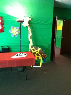 jungle hallway weird animals vbs