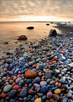 rock beach.My altime favorite rock beach is in Eastern Maine. It is called Jasper Beach in Bucks Harbor near Machiasport. I decorated several old crocks with these rocks. I did a Jewelry Box with rocks and a serving tray. I've had many hobbies from time to time.
