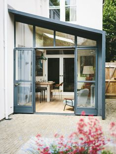 House extensions for every budget: 22 very achievable designs House extensions for every budget: 21 extension ideas you could achieve Building Extension, House Extension Design, Extension Designs, Glass Extension, Extension Ideas, Side Extension, Cost Of Extension, Lean To Conservatory, Glass Conservatory