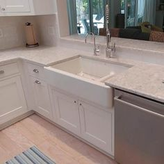 How to put your kitchen credenza? Mdf Cabinet Doors, Mdf Cabinets, Types Of Cabinets, White Shaker Kitchen Cabinets, Rta Kitchen Cabinets, Painting Kitchen Cabinets, Plywood Shelves, Minimalist Kitchen, Beautiful Kitchens