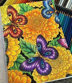 Inspirational Coloring Pages por Elke Talone #inspiração #coloringbooks #livrosdecolorir #jardimsecreto #secretgarden #florestaencantada #enchantedforest #reinoanimal #animalkingdom #adultcoloring #milliemarotta #butterfly