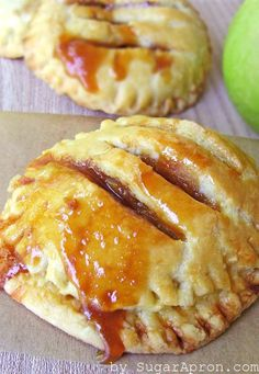 Individual Salted Caramel Apple Pies | www.sugarapron.com | #Individual #SaltedCaramel #ApplePies - an elegant twist on the #classic apple pie