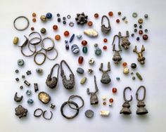 The Ketef Hinnom excavations revealed one of the largest collections of ancient jewelry ever found in Jerusalem.