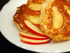My home made gluten and dairy free pancakes cooked with apple slices & cinnamon. (the picture is not my pancakes, just pretty)