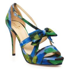 Love the color in this shoe!