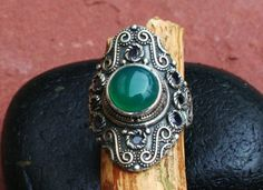 Green Agate Vintage Style Sterling Silver Ring door EASTERNSOULS