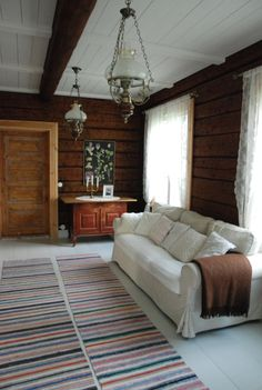 Talo Ahonlaidalla Knotty Pine Decor, Countryside Style, Inside Home, Log Homes, House Colors, Old Houses, Home And Living, Living Room Decor, Sweet Home