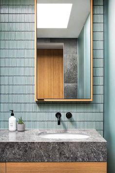 92 Bathroom Shower Makeover Decor Ideas Tips for Remodeling It 1961 Best Diy Bathroom Remodel Images In 2019 Wall Mount Faucet Bathroom, Shower Makeover, House Interior, Modern Bathroom, Bathroom Wall Colors, Home Interior Design, Bathroom Design, Bathroom Decor, Tile Bathroom