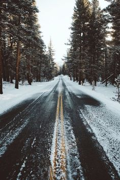 Image shared by 𝑎𝑑𝑣𝑒𝑛𝑡𝑢𝑟𝑒 💫. Find images and videos about nature, winter and christmas on We Heart It - the app to get lost in what you love. Winter Photography, Nature Photography, Landscape Photography, Photography Ideas, Photography Portraits, Male Portraits, Camping Photography, Mountain Photography, Adventure Photography
