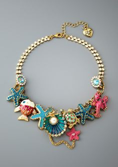 BETSEY JOHNSON Clam Charm Frontal Necklace
