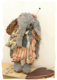 Delilah the elephant - softie - by The Vintage Magpie / Nicky