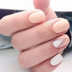 peachy pink matte nails with white accents and a negative space chevron Beige Nails, Peach Nails, Green Nails, Pink Nails, My Nails, Peach Nail Art, Orange Nails, Nails Gelish, Matte Nails