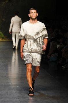 Dolce & Gabbana Man Catwalk Photo Gallery – Fashion Show Summer 2014.