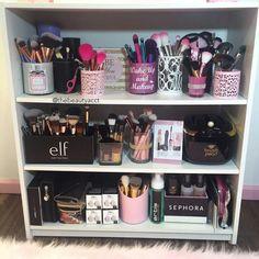 Ideas for makeup vanity organization beauty room heavens Rangement Makeup, Make Up Storage, Storage Ideas, Diy Vanity Storage, Organize Vanity, Muji Storage, Diy Makeup Storage, Storage Systems, Pantry Storage