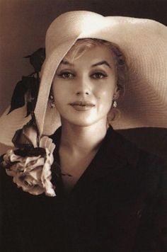 Great classic photograph of #MarilynMonroe.