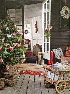 Love this Christmas porch Country Homes & Interiors - December 2013 Small Christmas Trees, Christmas Porch, Merry Little Christmas, Noel Christmas, Country Christmas, Winter Christmas, All Things Christmas, Scandi Christmas, Christmas Feeling