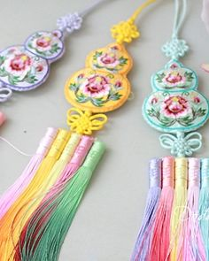 hanbok accessory Norigae W10,000 노리개.눈물고름 http://dodamdodam.com/goods_list.php?Index=503
