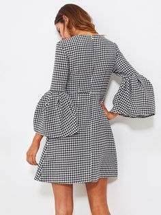 To find out about the Fluted Sleeve Houndstooth Dress at SHEIN, part of our latest Dresses ready to shop online today! Over 50 Womens Fashion, 50 Fashion, Hijab Fashion, Fashion Dresses, Fashion Trends, Houndstooth Dress, Gingham Dress, Nice Dresses, Dresses For Work