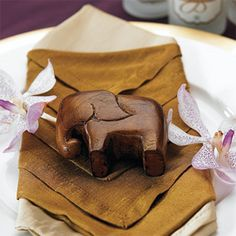 Wedding Favors & Party Supplies - Favors and Flowers :: Wedding Favor Themes :: Asian Theme Wedding Favors :: Lucky Mini Wood Elephant Favor - 4 pcs
