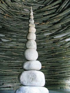 Andy Goldsworthy, Monument within Timber Cathedral, 2005.