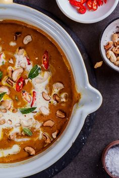 Easy and healthy coconut curry pumpkin soup - Simply Delicious
