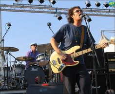 @glennhughes LIVE onstage w/ Chad Smith (RHCP) in Rome, Italy JULY 2006.