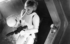 I'm Luke Skywalker, I'm here to rescue you!