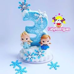 Frozen Birthday, Frozen Party, Frozen Biscuits, Number Cake Toppers, Cake Decorating Designs, Disney Canvas, Dessert Decoration, Polymer Clay Flowers, Fimo