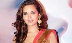 ईशा गुप्ता 'हमशकल्स' में कॉमेडी करती नजर आएंगी #EshaGupta   #HumShakals   #Bollywood   #Entertainment