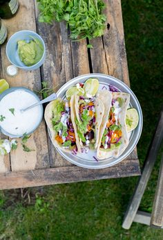 home made wraps Homemade Burritos, Exotic Food, Creative Food, Veggie Recipes, Stew, Nom Nom, Veggies, Mexican, Tasty