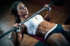 Les 10 Femmes les plus Musclées... Mais Jolies quand Même !!